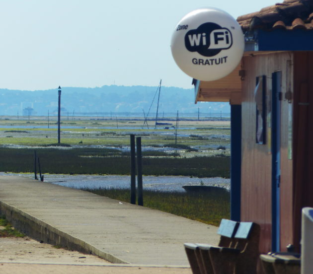 Point wifi à la jetée Dartiguelongue