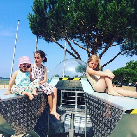 Ovniport à Arès avec des enfants