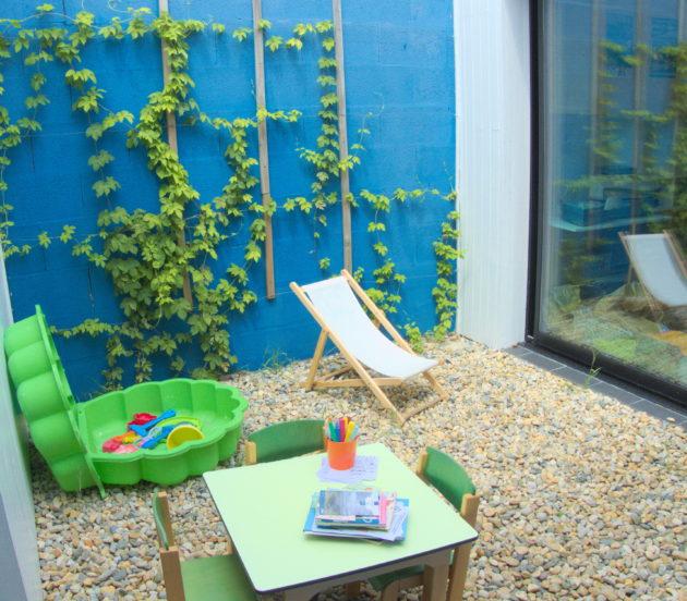 Espaces enfants à l'office de tourisme d'Arès pendant l'été