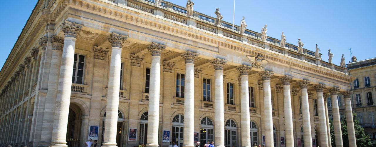 Grand Théâtre, sur la place de la Comédie à Bordeaux.