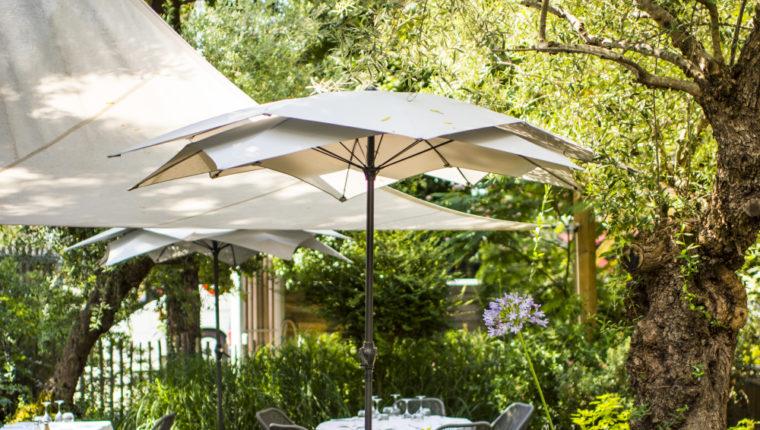 Terrasse du restaurant Le Pitey à Arès